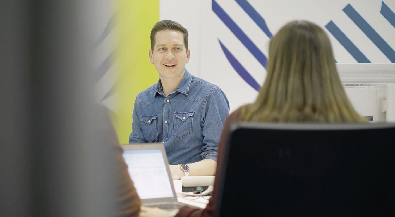Mitarbeiter im Bosch Quality Principles Department bei der Arbeit