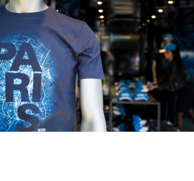 Hugo Boss T-Shirt: Branding Paris #electricities