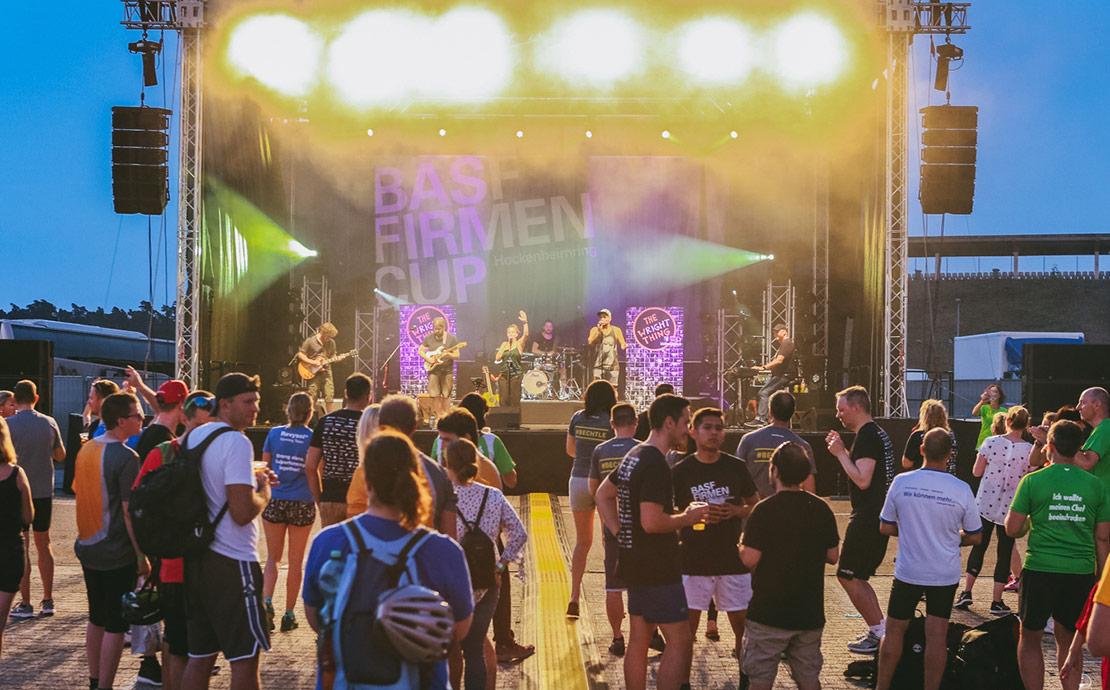 Musikbühne beim BASF FIRMENCUP.