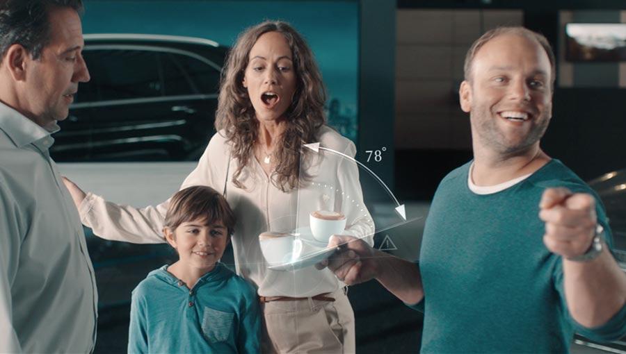 Szene aus den Mercedes-Benz Safety-Film