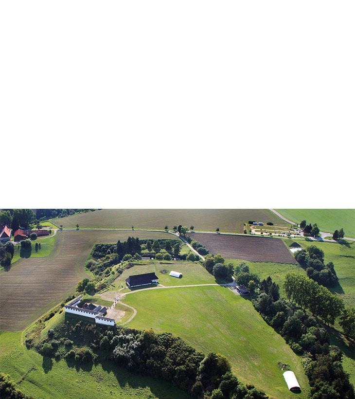 Freilichtmuseum Heuneburg aus der Vogelperspektive.